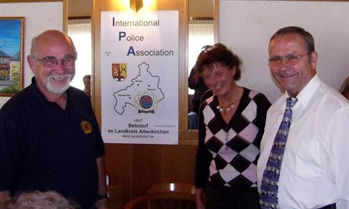 Die Organisatoren mit der Mitarbeiterin des Sozialdienstes kath. Frauen u. Männer e.V.